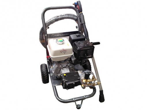 PX15GX390 HONDA POWERED 4000PSI PRESSURE CLEANER